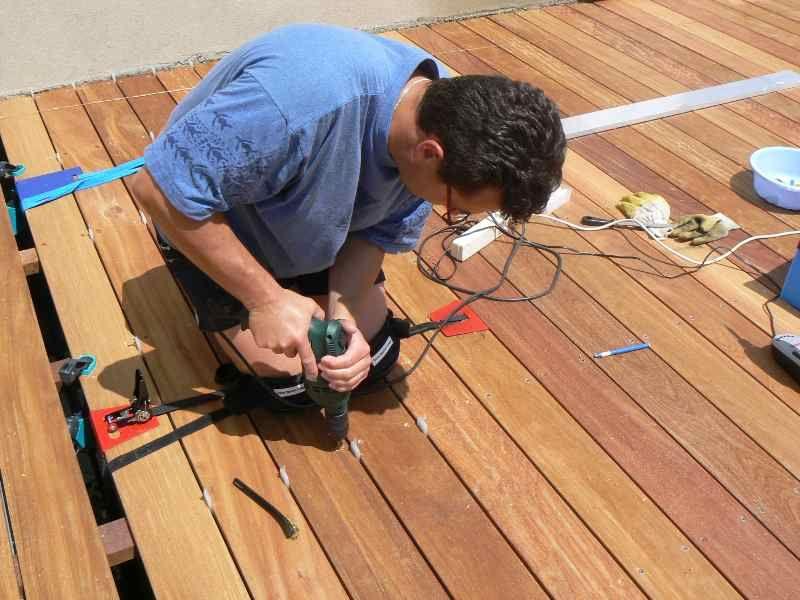 Construire une terrasse en bois Jacuzzi, Saunas and Construction - construire sa terrasse bois