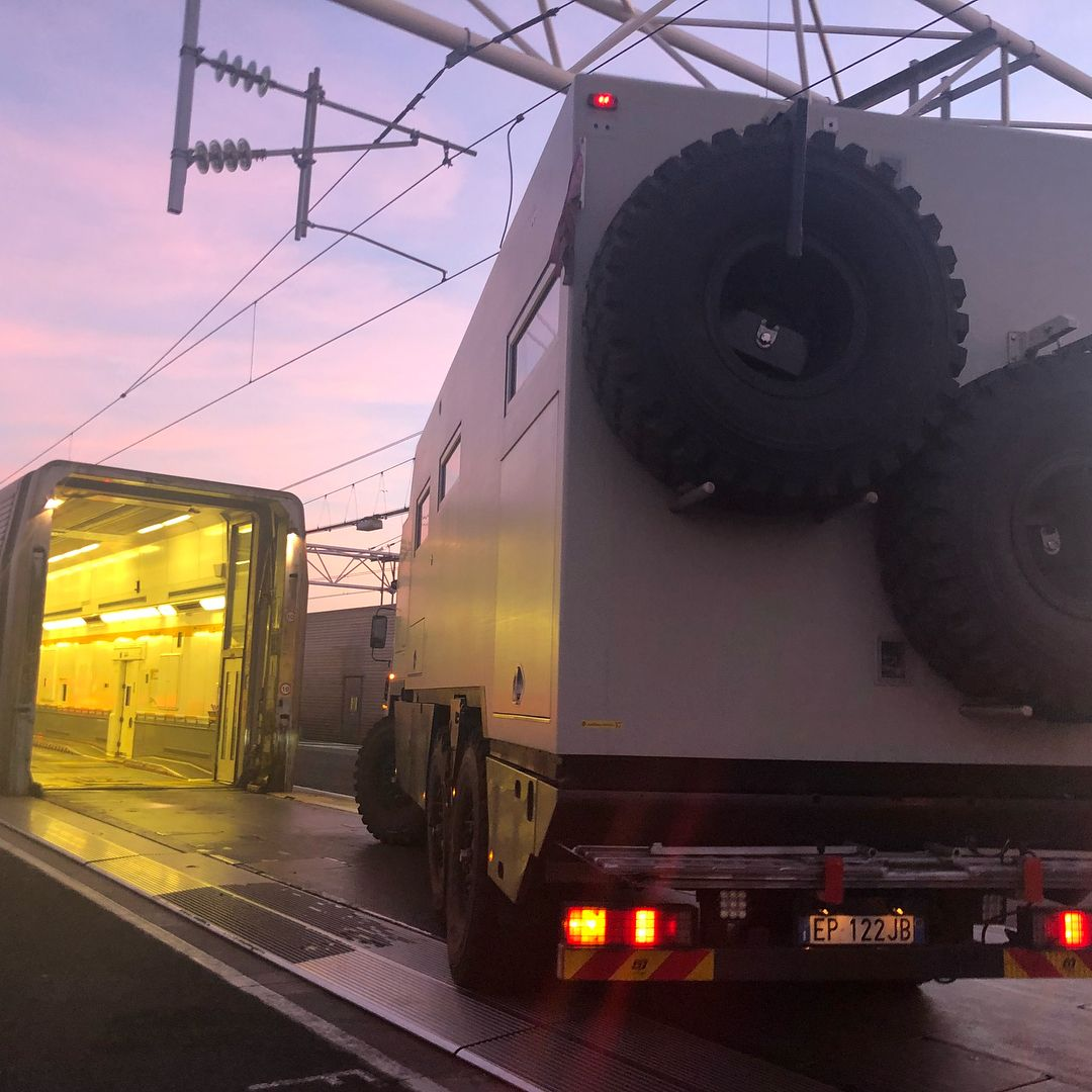 When it barely fits! #eurotunnel #mankat #expeditiontruck