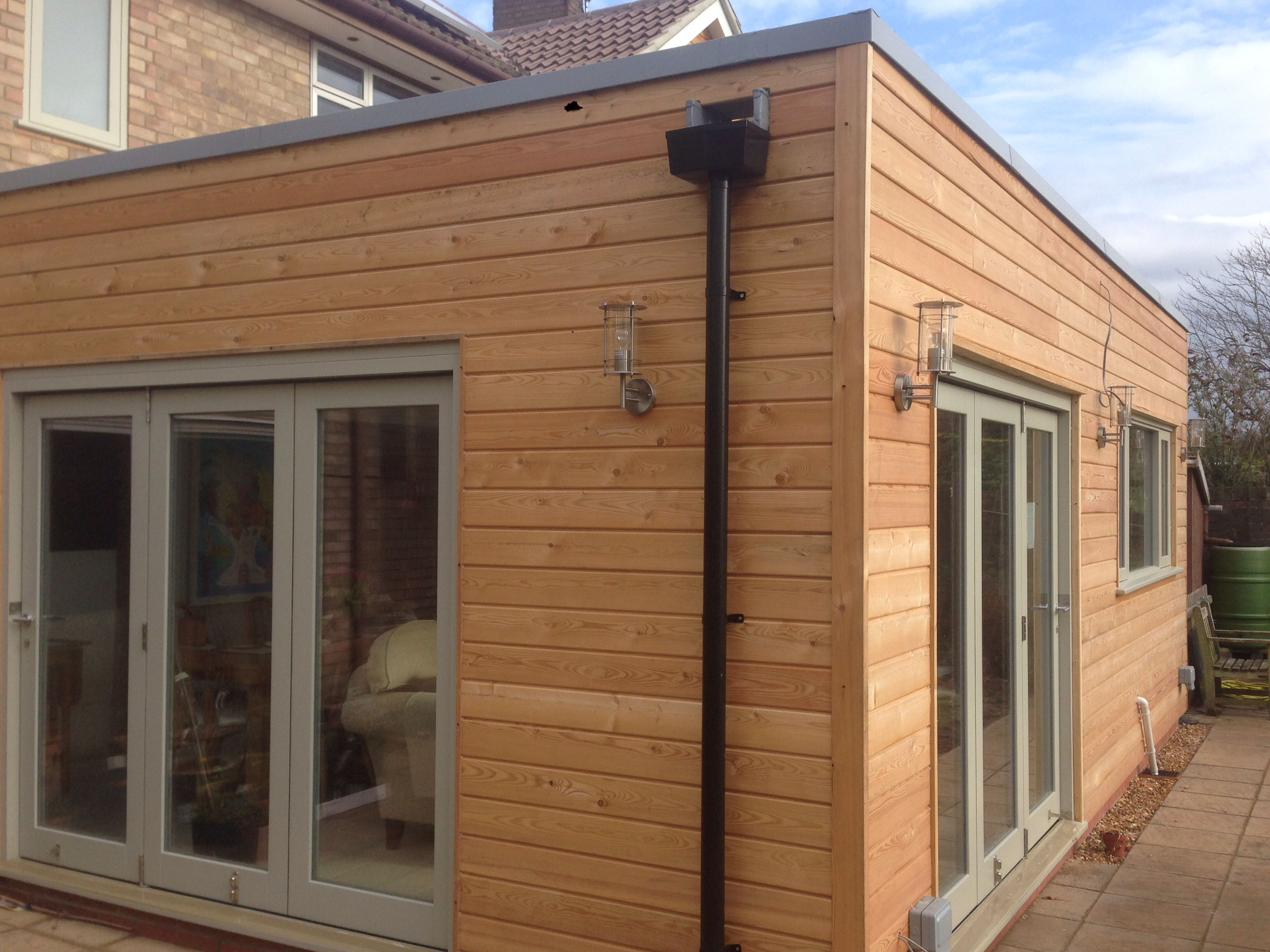 Beaumont road cambridge larch clad timber frame extension for Modern house yorkshire