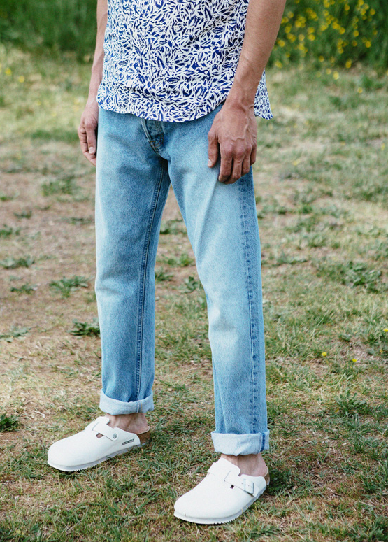 ba2aec659d0 boston in white   birkenstock Rolled Jeans