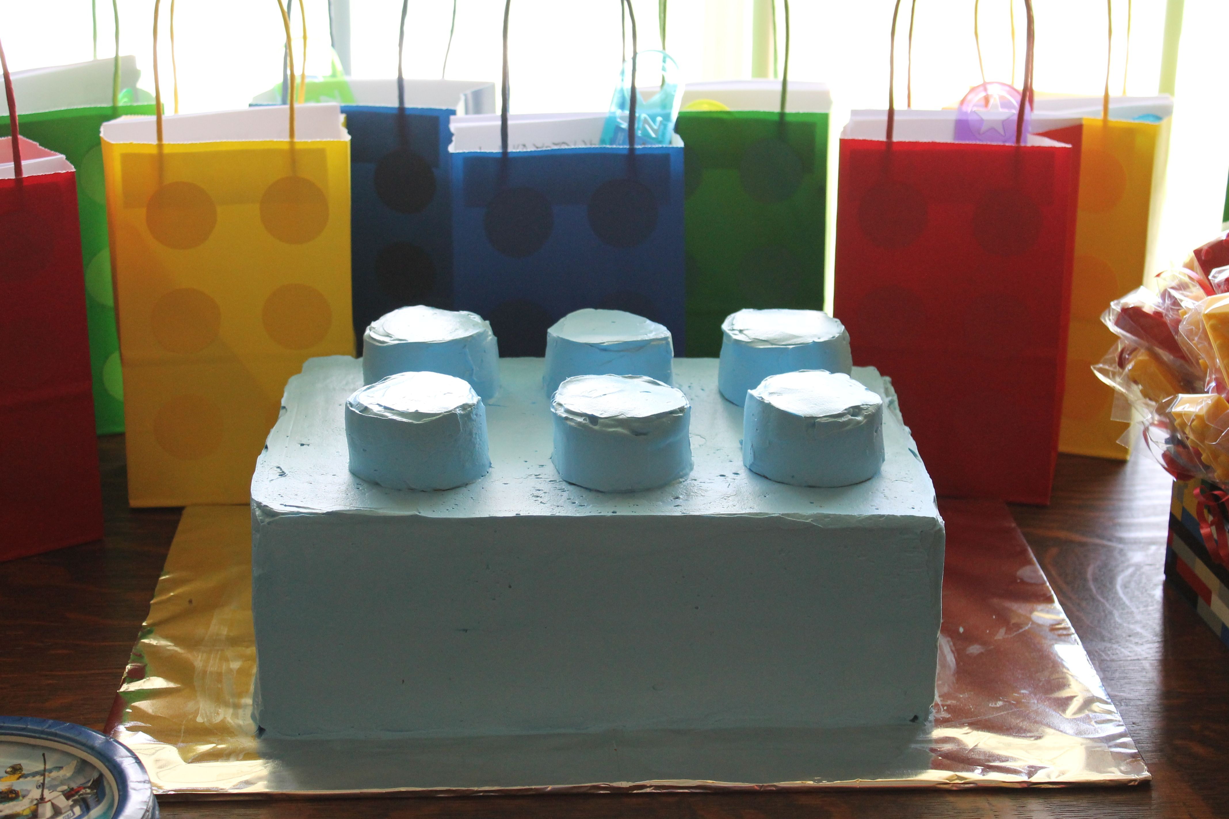 Lego cake and gift bags