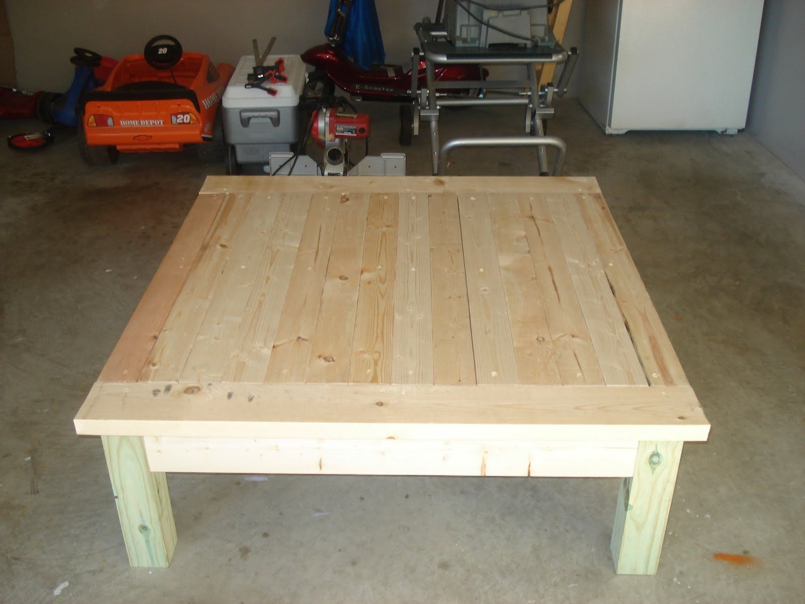 Tables made out of 2x4 2x4 coffee table plans tables for Diy coffee and end tables