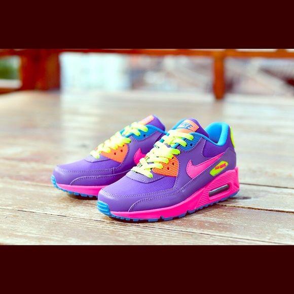 Women S Nike Airmax 90 Essential Purple Nike Air Max Nike Nike Women