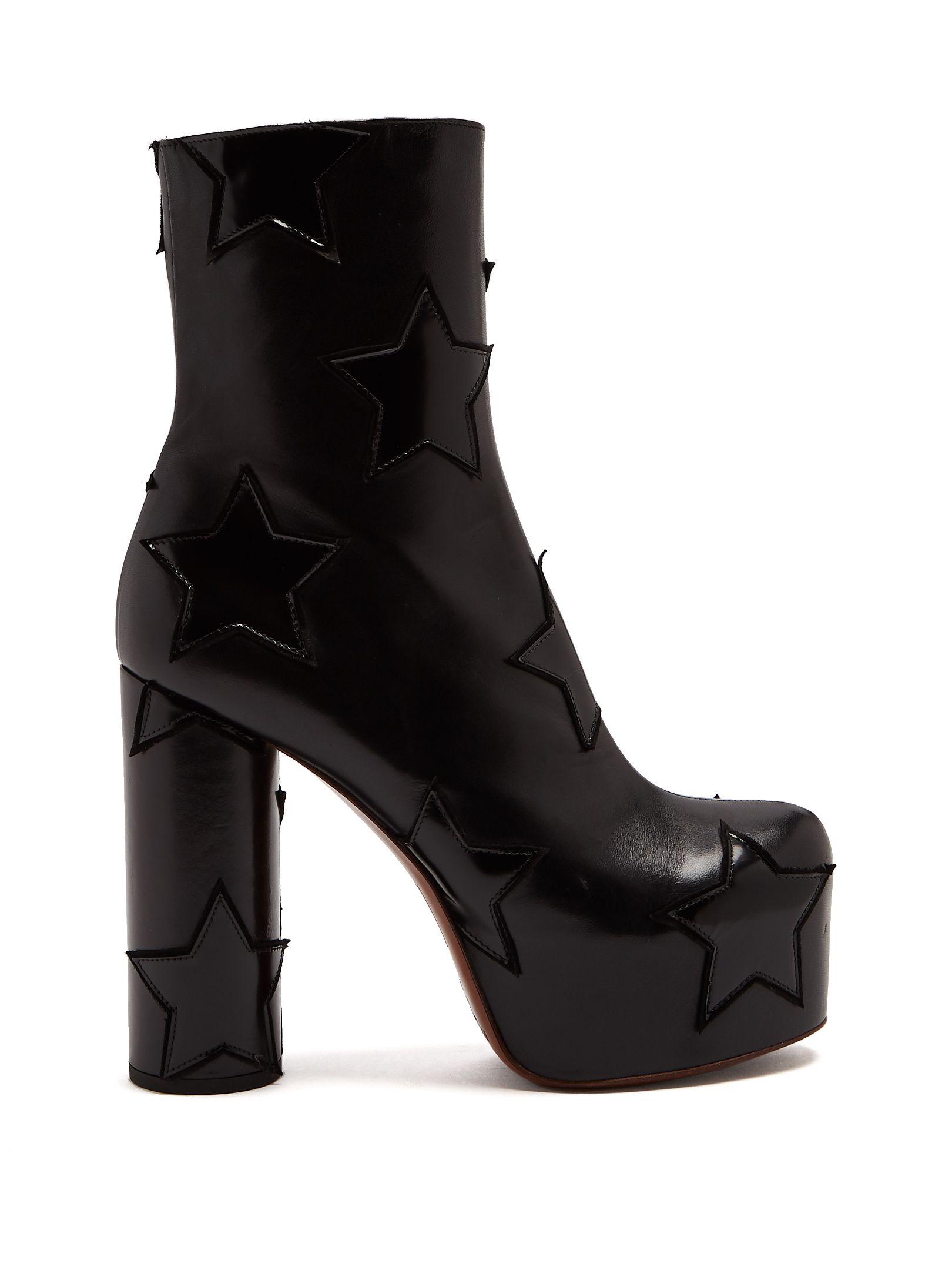 dc3e7100b42 VETEMENTS STAR-APPLIQUÉ BLOCK-HEEL LEATHER BOOT. #vetements #shoes ...