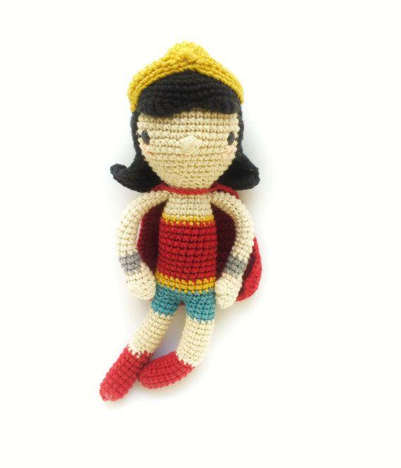 Patrón de ganchillo amigurumi - La mujer maravilla | Personajes ...