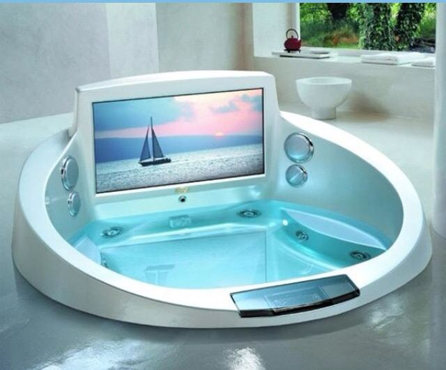 TV/ hot tube... Sploosh! | decor | Pinterest | TVs, Tubs and Hot tubs
