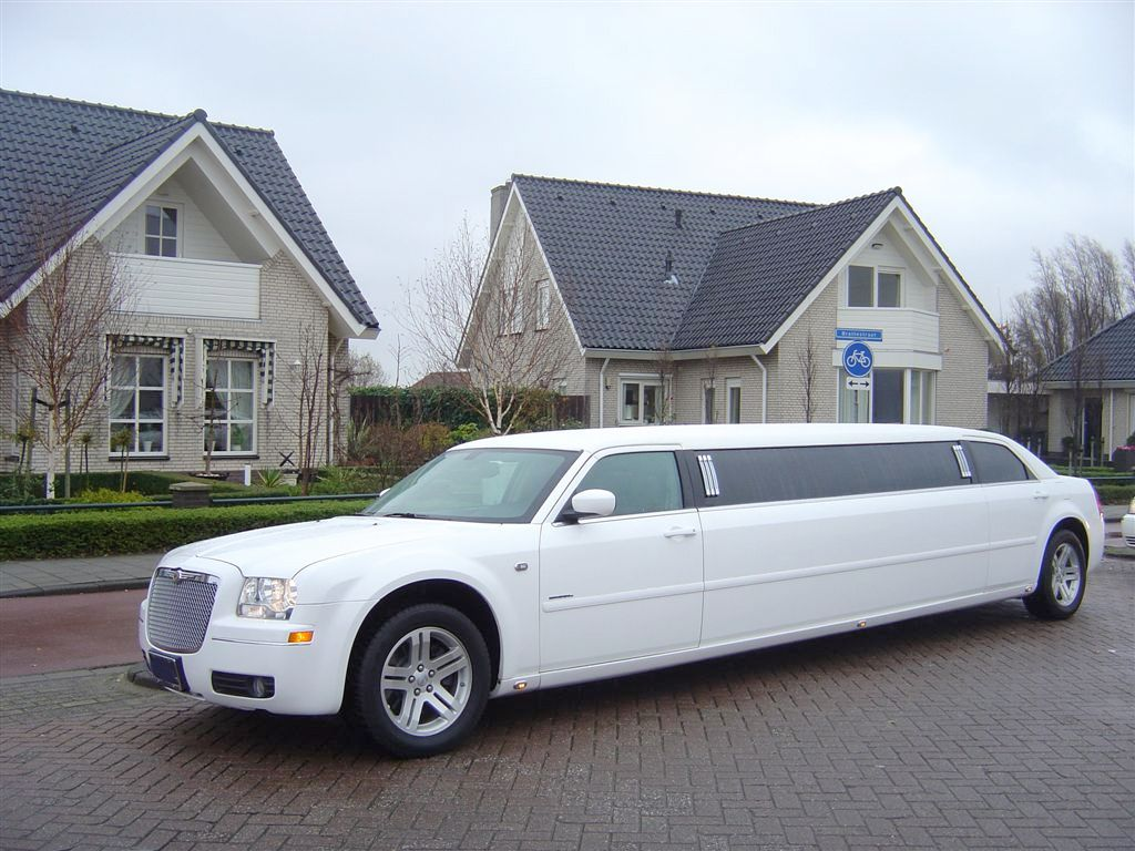 Wedding Limo Hire - Simple Strategies to Save Your Money