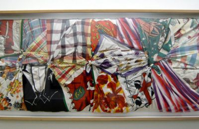 Torchons et serviettes, oeuvre de Gerard Deschamps