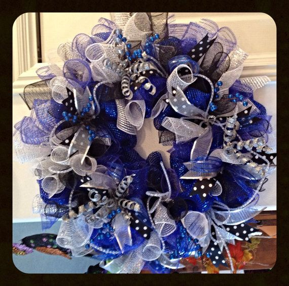 Everyday Deco Mesh Wreath In Bluesilver And By Uniquecrafteditems 65 00 Mesh Wreaths Deco Mesh Wreaths Deco Mesh