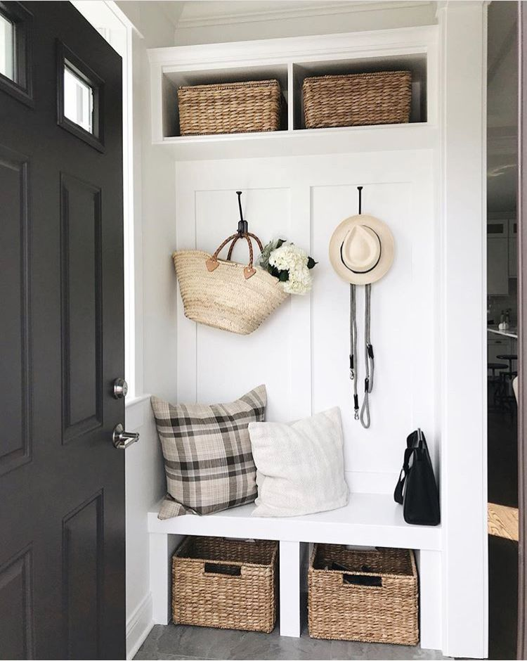 29 Smart Mudroom Ideas To Enhance Your Home Mudroom Decor Small Mudroom Ideas Mudroom Entryway