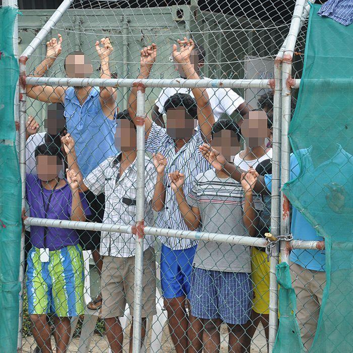 Manus Island asylum seekers 'broken' after Supreme Court dismisses  applications