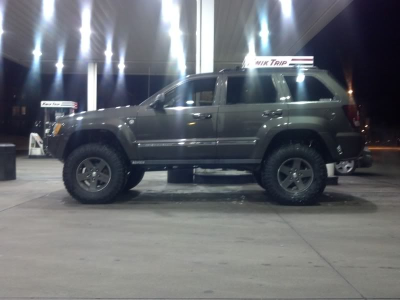 Jeep Grand Cherokee Wk Lifted 5 Inches With 305 70r17s Jeep Wk