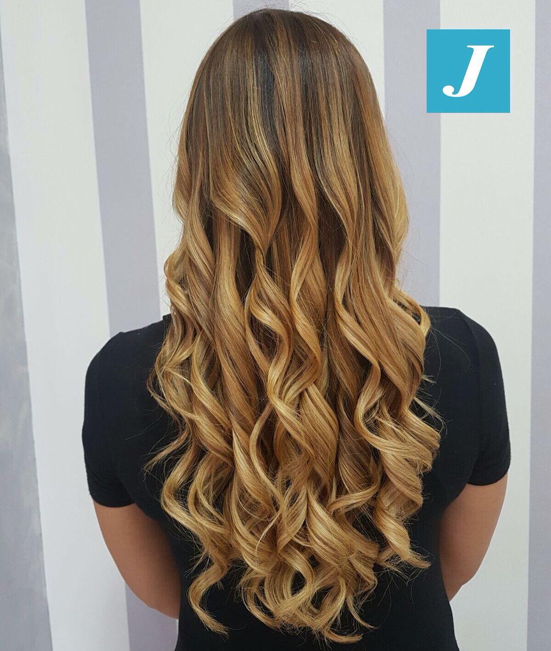 Summer Vibes _ Degradé Joelle  #cdj #degradejoelle #tagliopuntearia #degradé #igers #musthave #hair #hairstyle #haircolour #longhair #ootd #hairfashion #madeinitaly #wellastudionyc