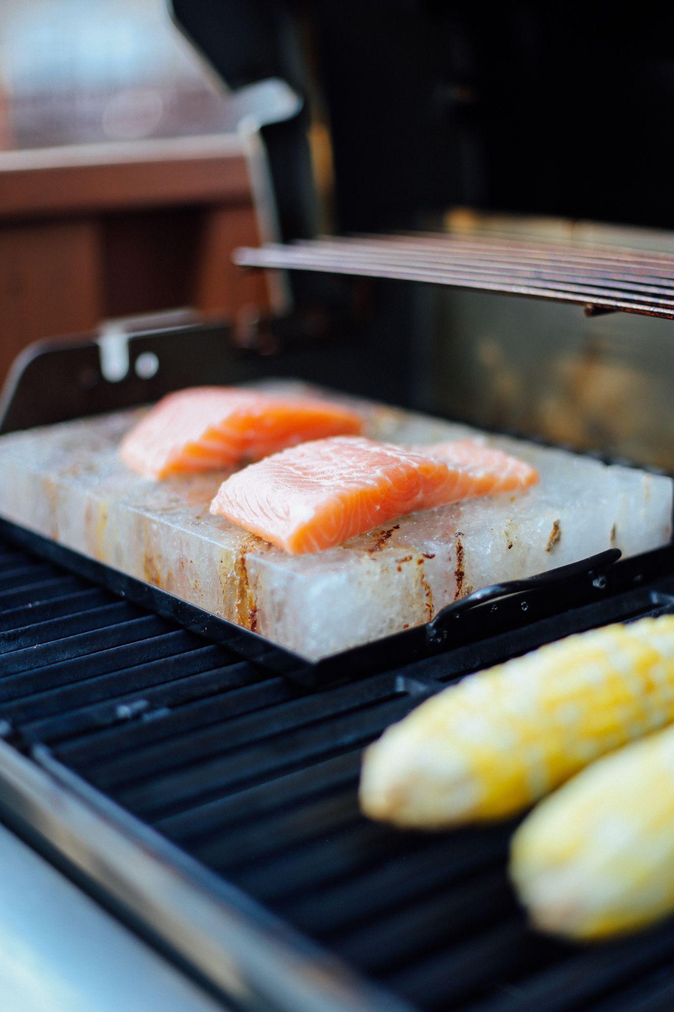 How To Cook Salmon On A Salt Block Lake Shore Lady Salt Block Cooking Salt Block Recipes Himalayan Salt Block Recipes