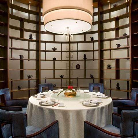 Private Dining Room Round Table And Display Restaurant Interior Interior Design Dining Private Dining Room