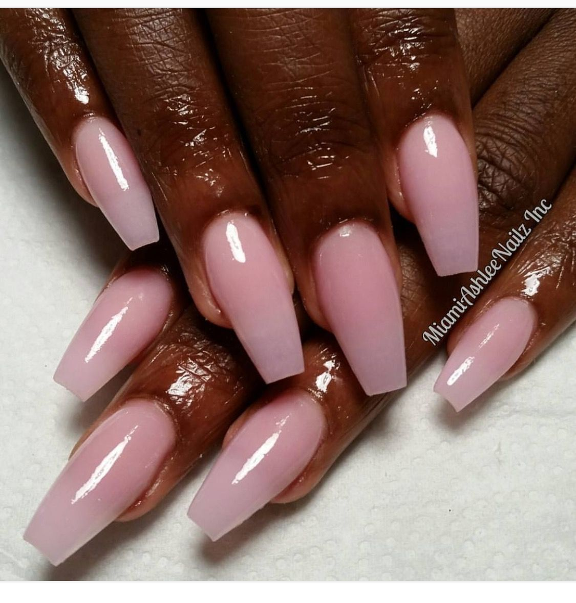 Beautiful Color Contrast Between The Dark Skin Complexion And Cotton Candy Pink Nail Color In 2020 Cotton Candy Nails Pink Acrylic Nails Pink Nail Colors