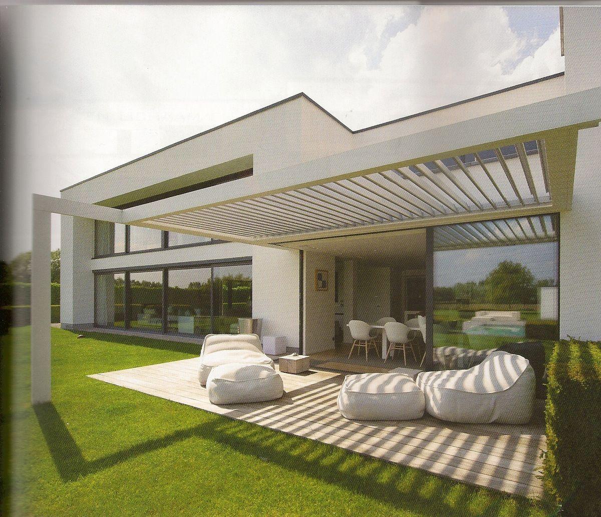 Pingl par alexandra vialle sur meubles maison veranda et id es v randa - Auvent maison moderne ...