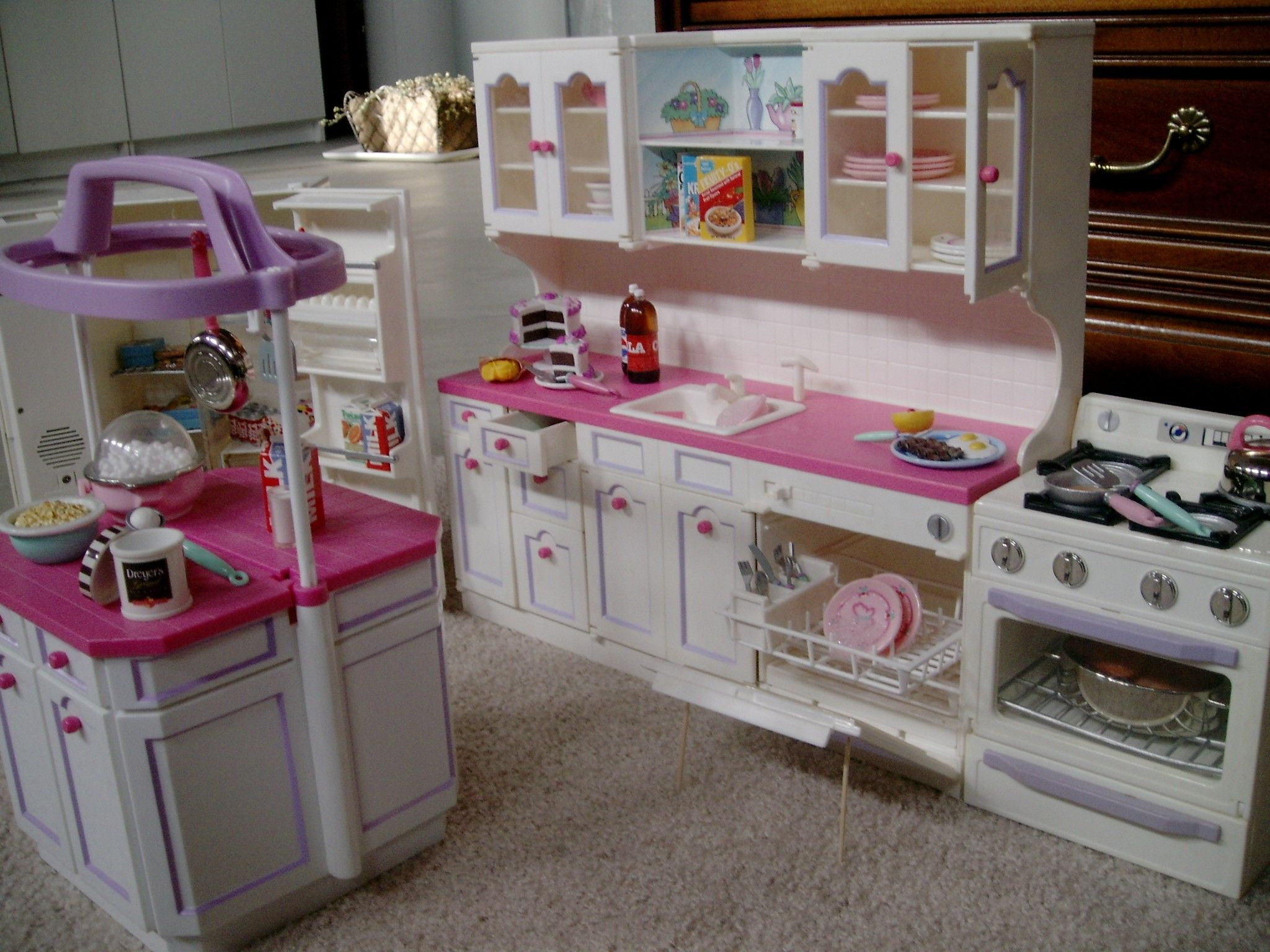 Baby Doll Küche The 7 Reasons Why You Need Furniture For Your Barbie Dolls