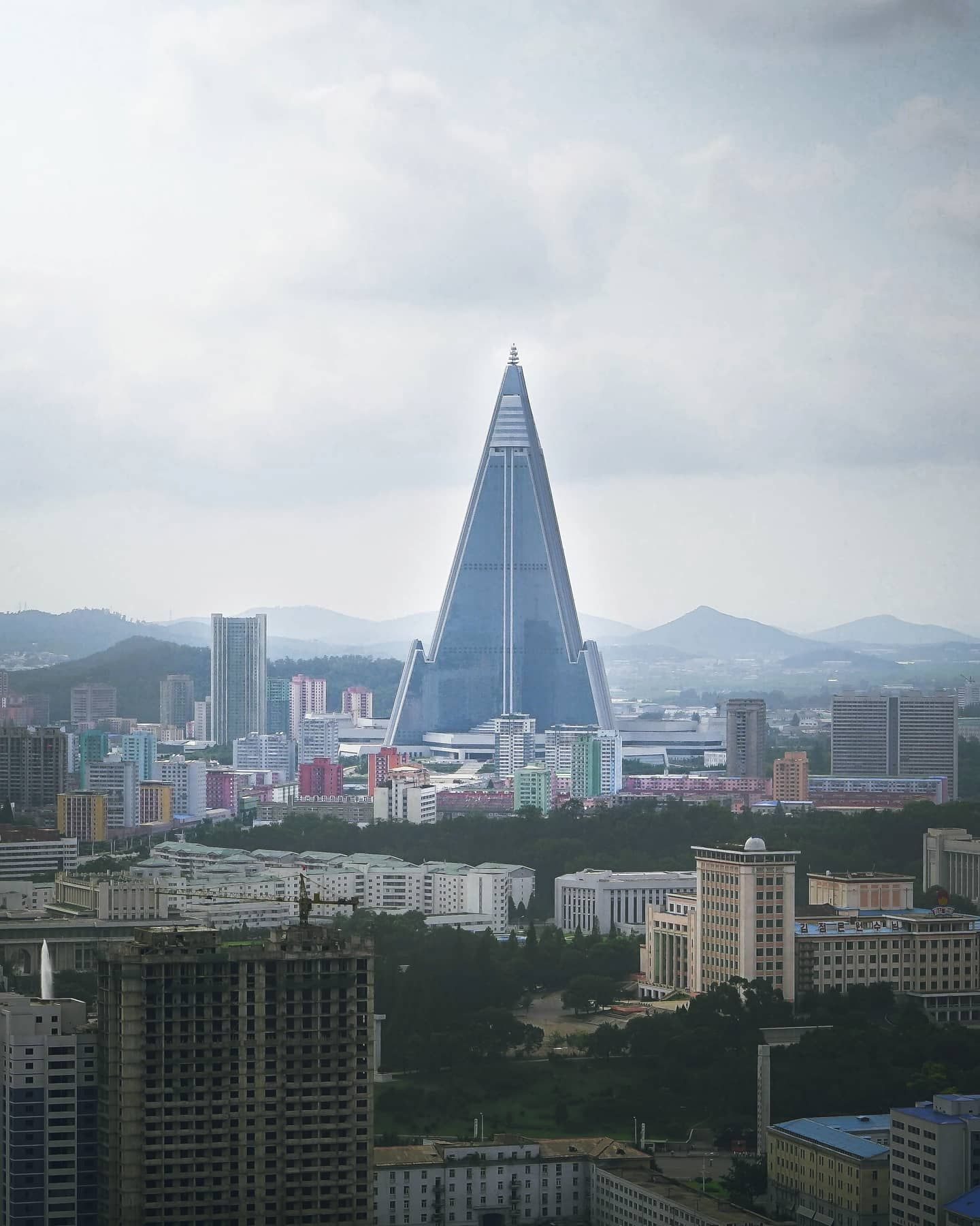 One Of The Strangest But Most Wonderful Places I Have Traveled Was North Korea I Spent Two Weeks Expl In 2020 Wonderful Places Concrete Building San Francisco Skyline