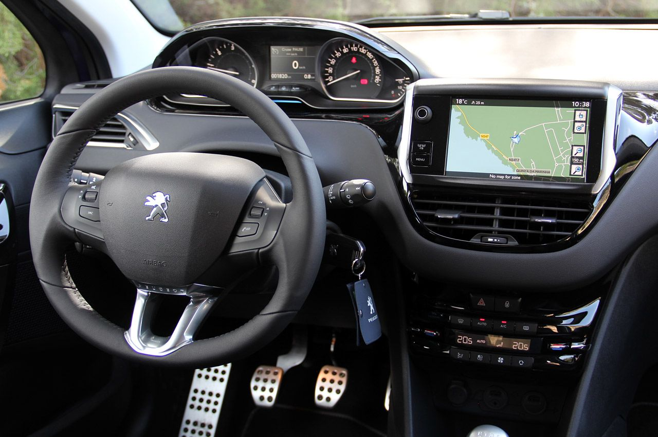 Image Gallery Peugeot 208 Interior