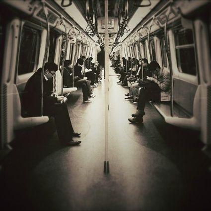 Commute on Public Transportation  Simon (@stmng)