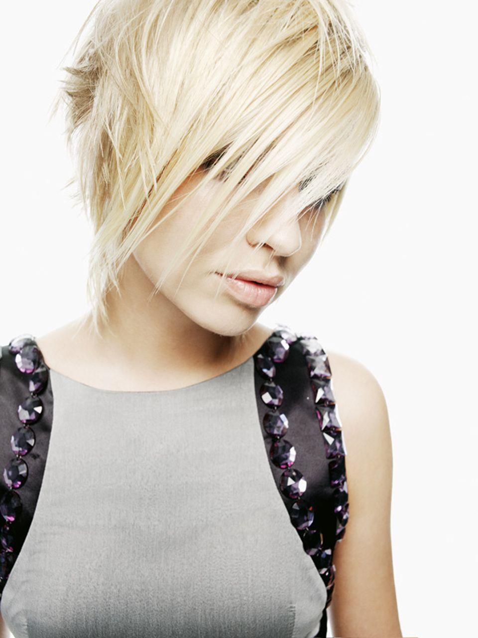 blonde short hair, edgy.   hair   Pinterest   Blonde short hair ...