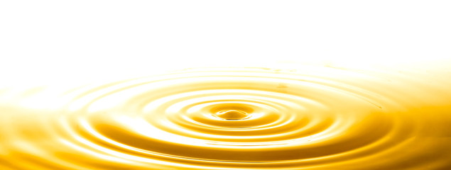 Free Vector Realistic Splash Of Juice Or Yellow Water In 2020 Vector Free Oils Realistic