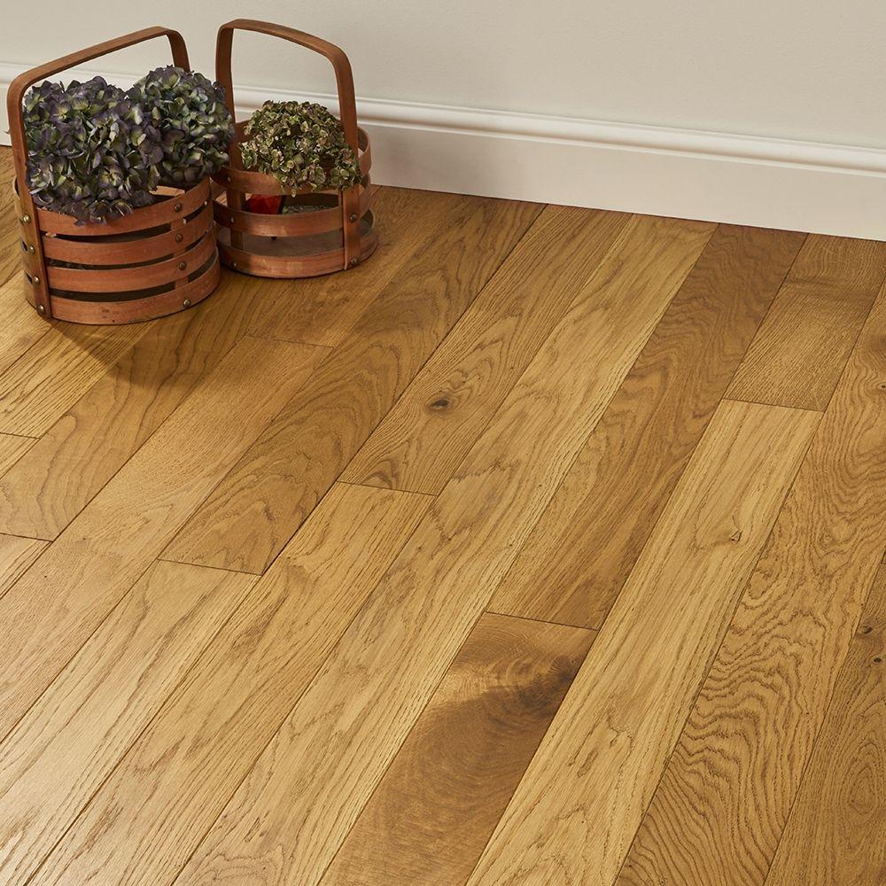 Elegant Golden Oak Brushed Oiled Solid Wood Flooring Solid Wood Flooring Golden Oak Wood Direct Wood Flooring