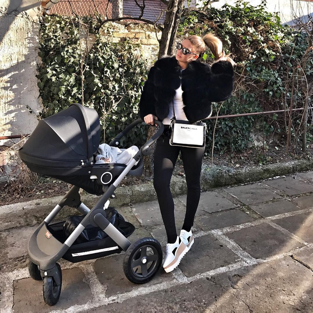 Pin by Chris Norman on Fur 33 Baby strollers, Baby, Stroller