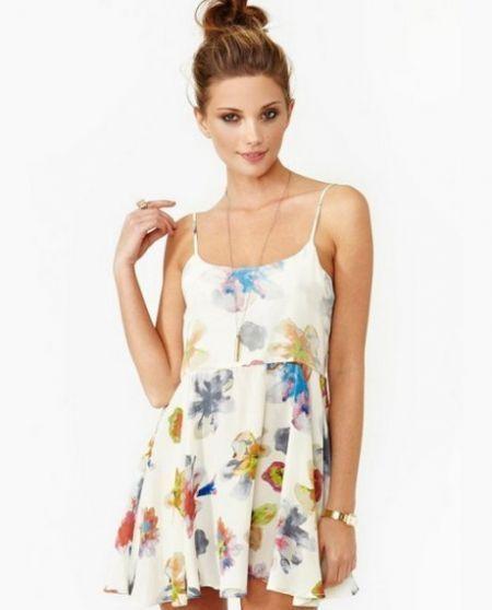 e603e5a1ff1b Awesome Summer flowy dresses 2018-2019 Check more at http   myclothestrend. com dresses-review summer-flowy-dresses-2018-2019
