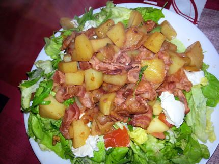 recette salade compos e lardons pommes de terre au. Black Bedroom Furniture Sets. Home Design Ideas