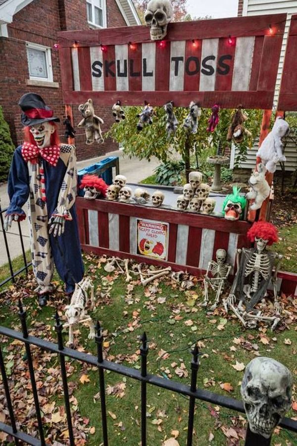 Creepy Clown Halloween Decorations.20 Cool And Scary Clown Halloween Decorations Fall