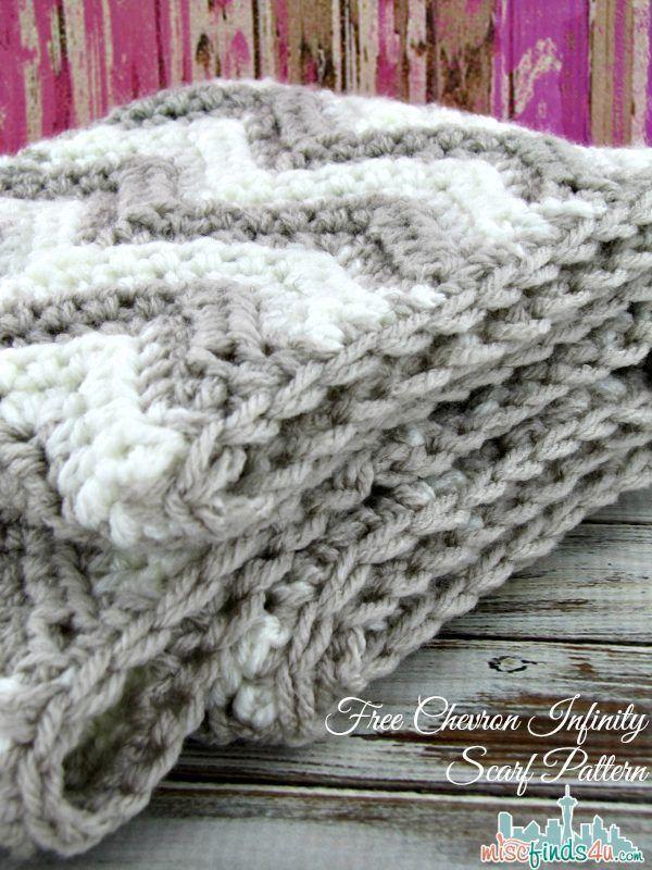 Free Chevron Infinity Scarf Crochet Pattern | Frazada y Tejido