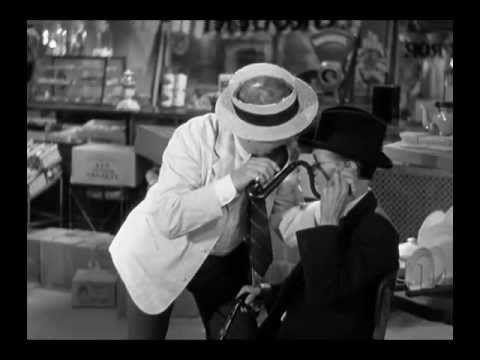 Great Film Scenes It S A Gift 1934 Harold Opens His Store Kumquat Scene Great Films Scenes Classic Comedies