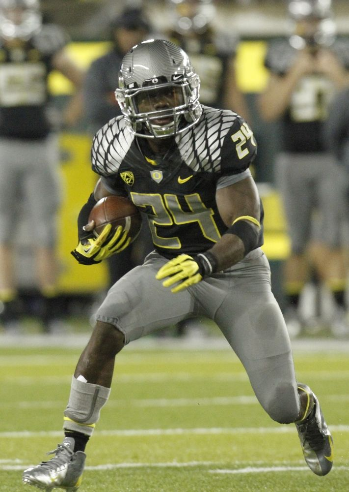 50 Oregon Football Uniforms That Changed The Way We See College