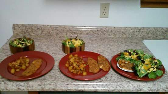 Don't cook multiple dinners when some family members want to lose weight and others do not. Get Tiny Plate, Tiny Waist today!!!  http://www.tinyplatetinywaist.com
