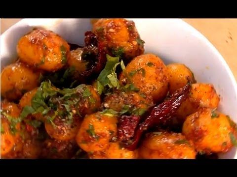 Garlicky chilli potatoes indian chinese youtube recipe garlicky chilli potatoes indian chinese youtube forumfinder Choice Image