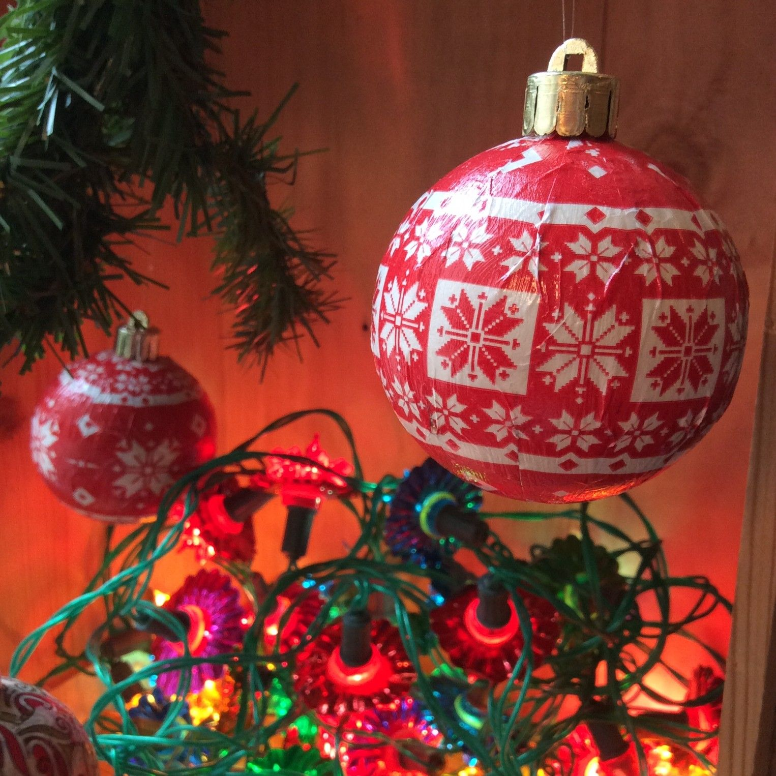Upcycled Christmas bauble project using Decopatch paper to bring new