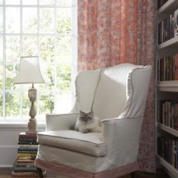 The lamp on a pile of books is a neat idea.