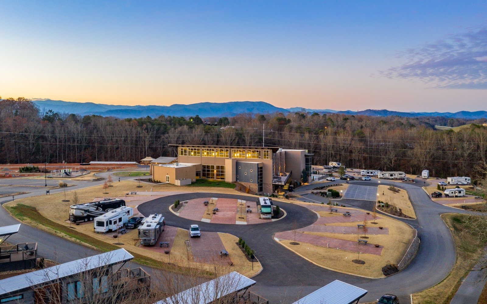 Glamping In The Smokies At The Ridge Outdoor Resort In 2020 Smoky Mountains Vacation Luxury Rv Resorts Park Resorts