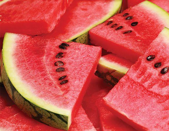 Um dos benefícios da melancia é recuperar os músculos pós-treino