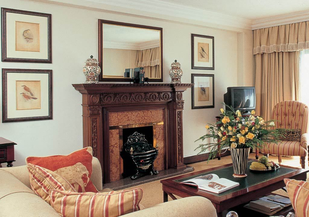 African themed Imperial Suite, Meikles Hotel, Harare (With ...