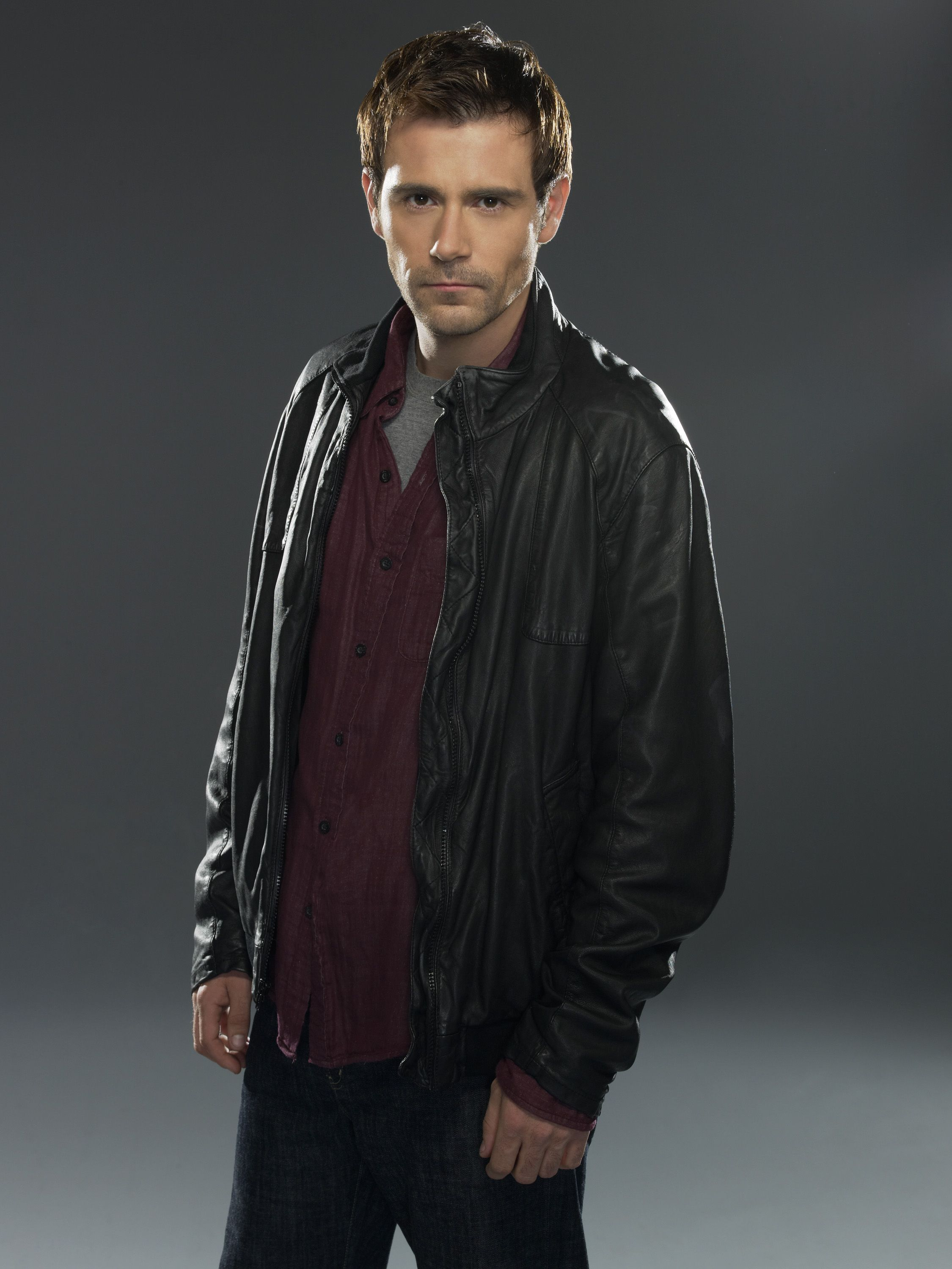 Criminal Minds Suspect Behavior Promo Matt Ryan Matt Ryan Constantine Criminal Minds