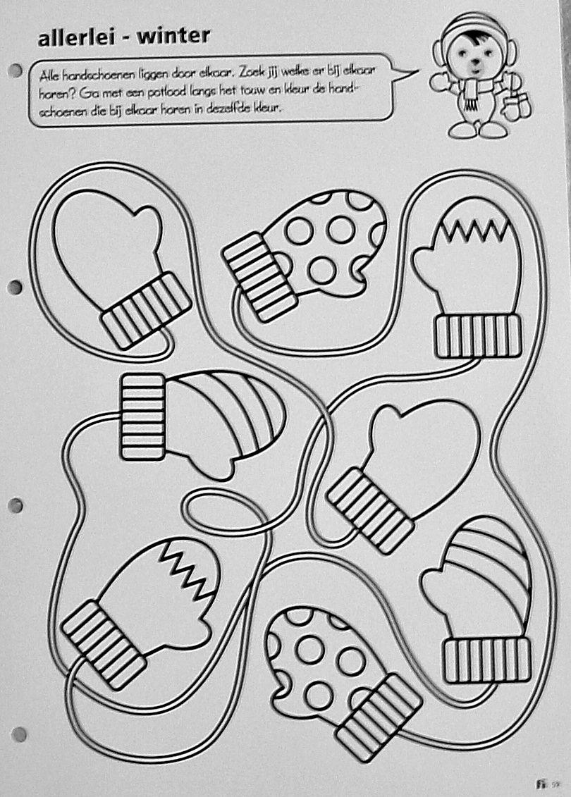 werkblad alle handschoenen liggen door elkaar zoek jij