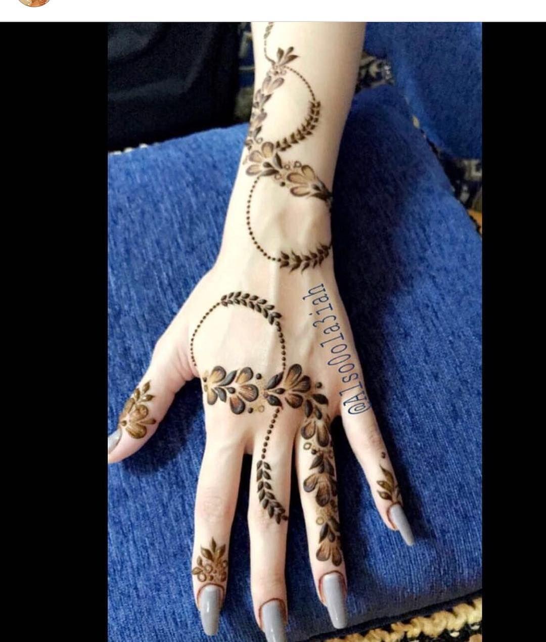 1 375 Likes 15 Comments حساب خاص لعرض صور الحناء 7ana Design On Instagram لاتنسئ ذكر الله ا Henna Designs Hand Mehndi Designs Floral Henna Designs