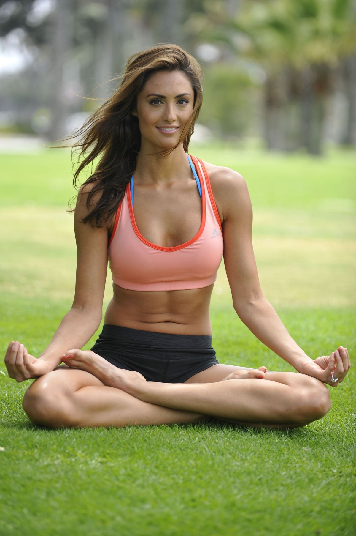 katie cleary hot