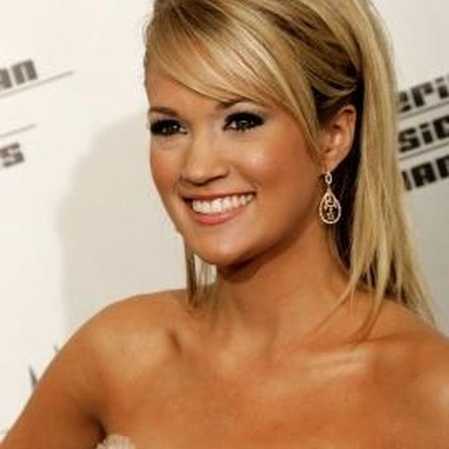 Cut and style your bangs like Carrie Underwood.