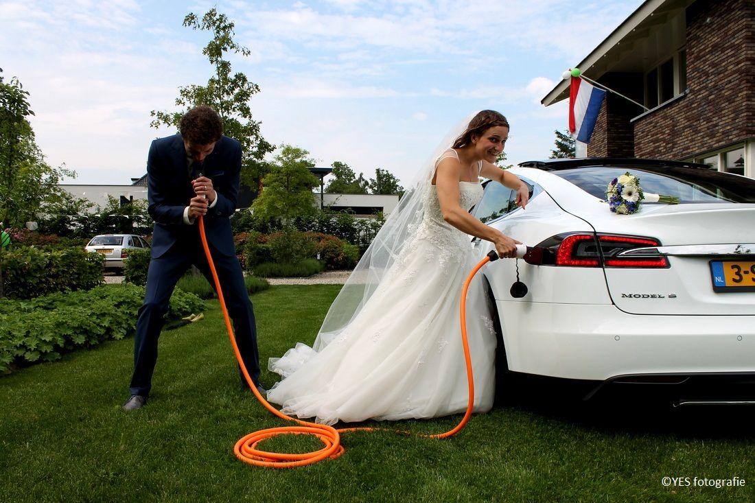 Tesla - Vol elektrisch - duurzame bruiloft