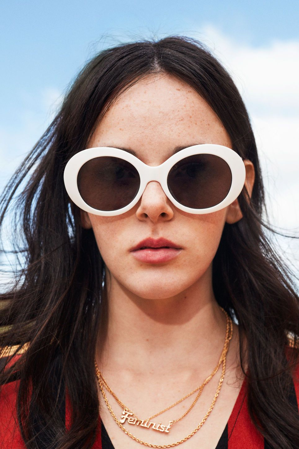 45fd1718b899 Oval lense sunglasses - Wondrous white - Sunglasses - Monki GB ...