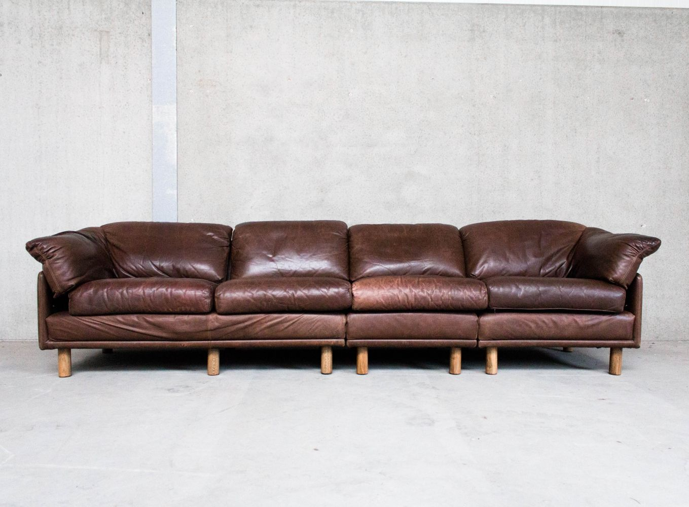 For Sale Brown Leather Modular Sofa By Leolux Vintage